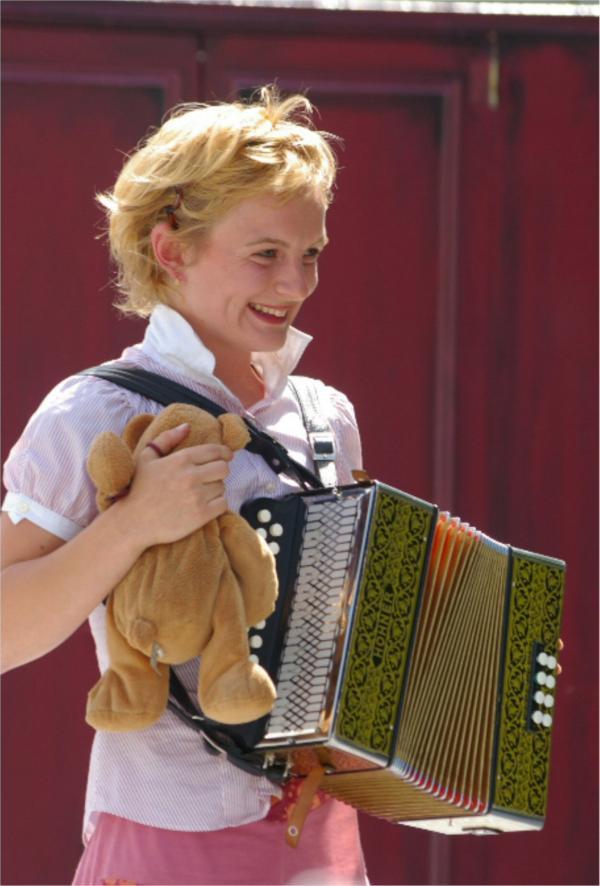 L'ours et l'accordéonniste