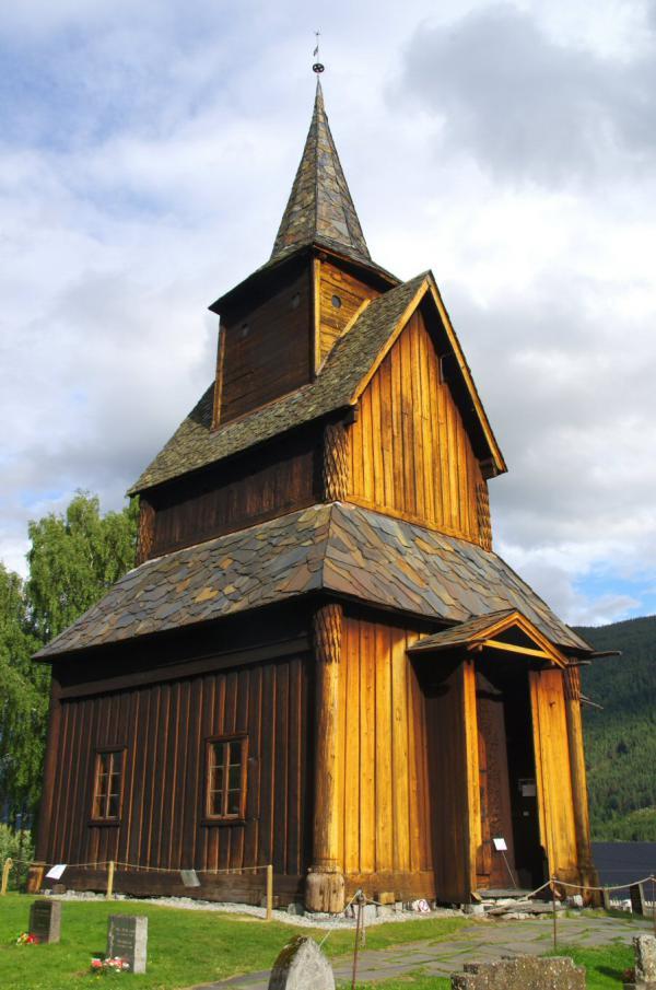 Église en bois debout
