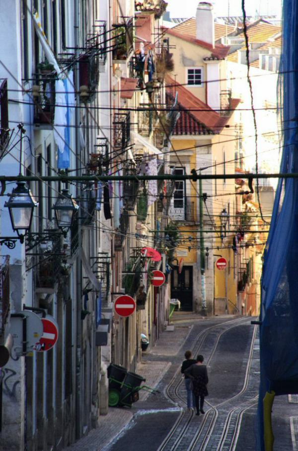 Rue pentue