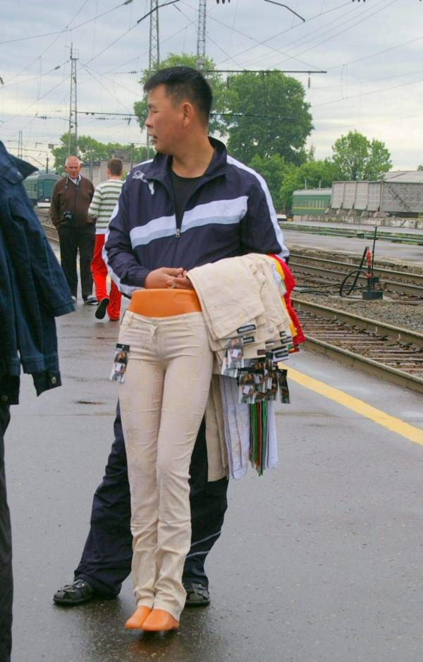 Le vendeur de pantalons