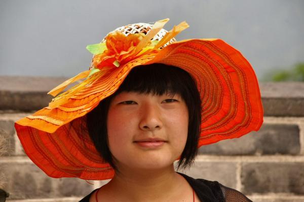Le chapeau orange
