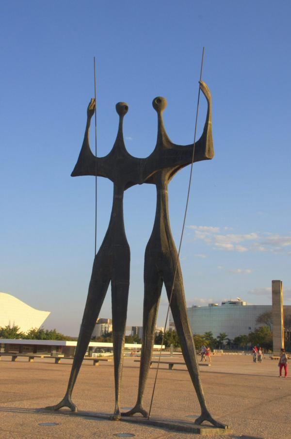 La statue des Pionniers