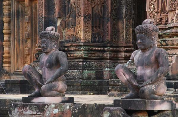 Temple de Benteay Srei, détail