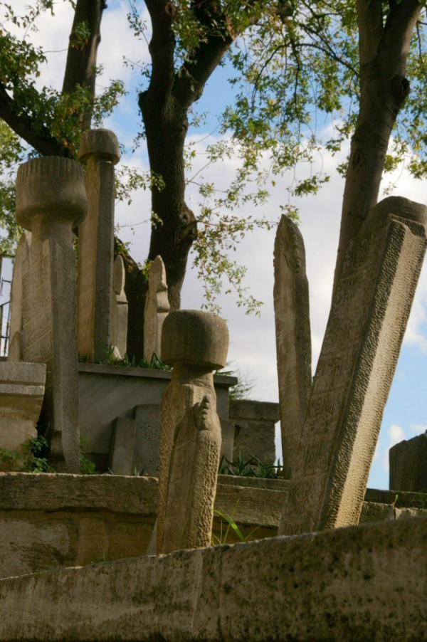 Stèles dans le cimetière d'Eyüp (2)