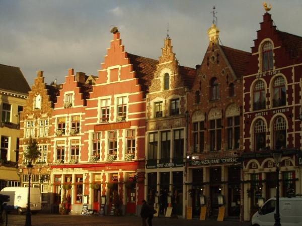 La Grand-Place de Bruges (1)