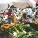 Sur le marché (3)